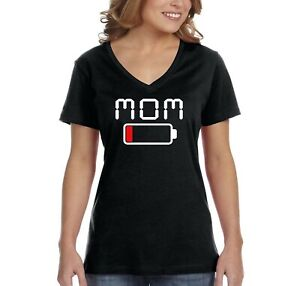 Women-039-s-Mom-Mama-Battery-Low-Funny-Mother-039-s-Day-Mom-Gift-V-Neck-T-Shirt
