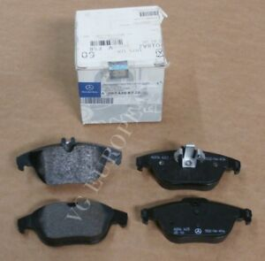 For Mercedes W204 C204 C300 Front /& Rear Brake Pad Sets /& Sensors Kit Genuine