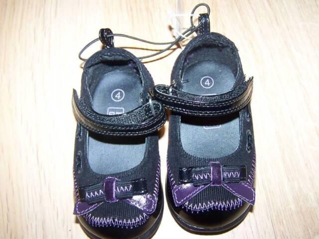 Infant Girls Faded Glory Brand Black Patent Dress Boots Size  4