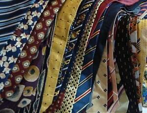 Herren-bekleidungspakete Sammlung Von 200 Krawatten Art & Fashion Aus Den Letzten 70jahren Produkte Werden Ohne EinschräNkungen Verkauft