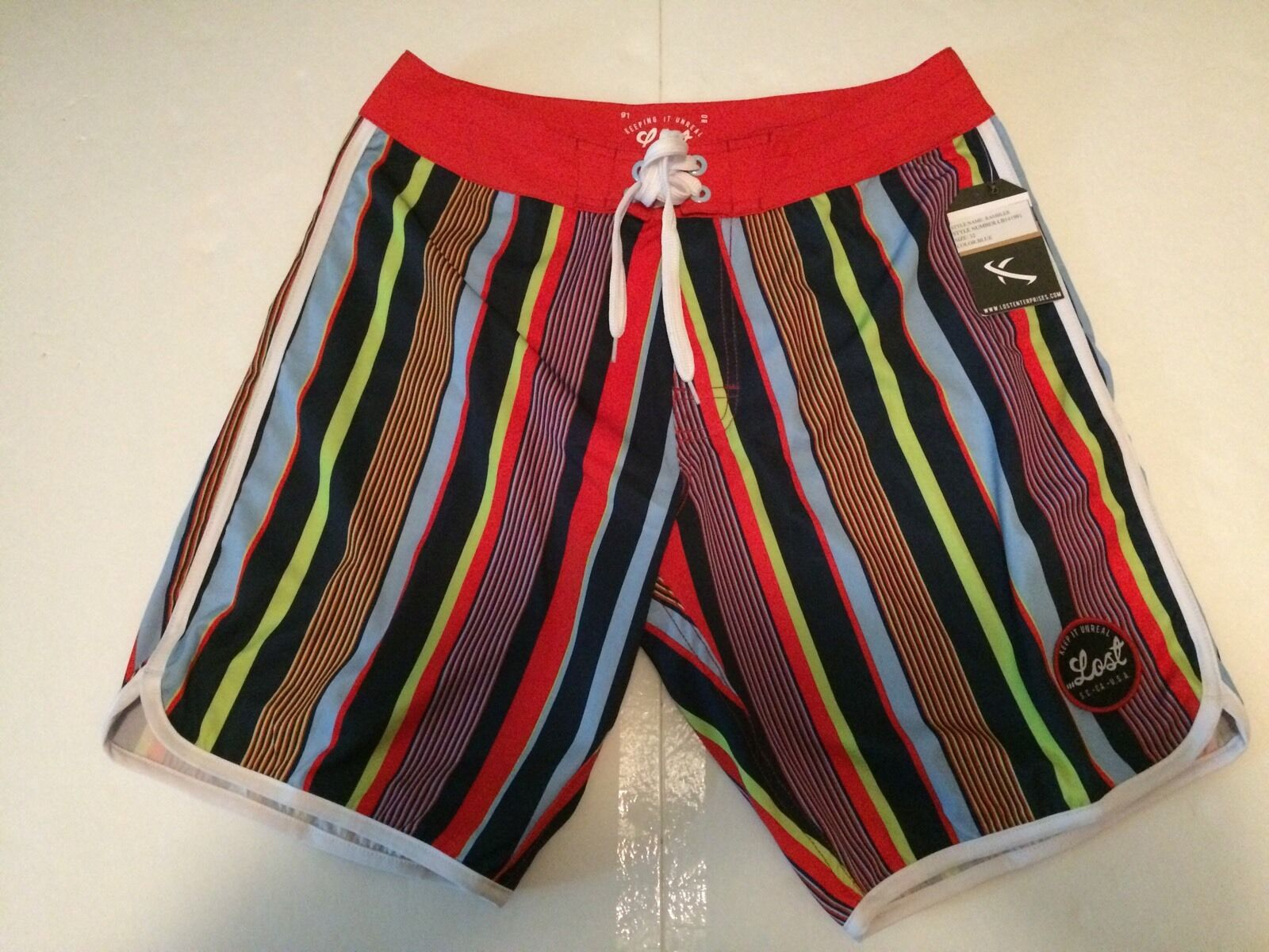 LOST ENTERPRISES BOARDSHORTS KEEP IT UNREAL ART COLLECTION 4 Way Strecth SIZE 32