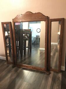 Vintage Pennsylvania House Trifold Mirror CHERRY WOOD 45x37.