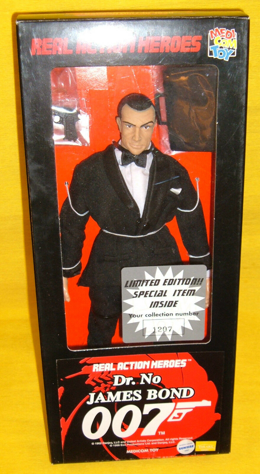 James Bond 007 Sean Connery Dr No 1/6Collectible RAH Figure Medicom Toy12  Japan