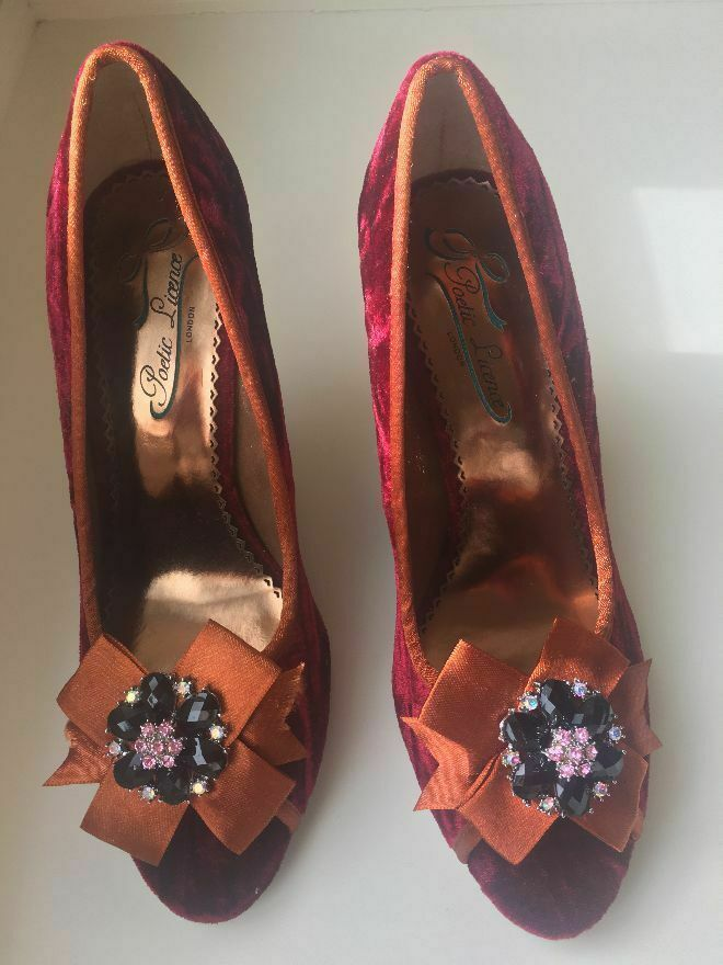 New Poetic Licence Red And orange velvet pump shoes Sz 8