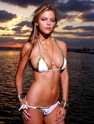 BROOKLYN DECKER 8X10 GLOSSY PHOTO PICTURE IMAGE #10