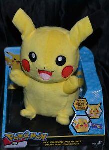 25.4cm Mon Ami Pikachu Lights Up & Prononce Pokemon Peluche Poupées Jouets Tomy