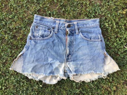 Vintage Big E Levis Shorts 70s Redlines 26