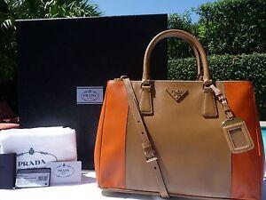7cc25a3dc810 PRADA Bicolor Saffiano Lux Double-Zip Tote Bag Brown/Orange (Carmel ...