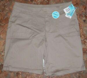 Womens-Lee-BERMUDA-SHORTS-Relaxed-Fit-Khaki-Size-18-38x9-Medium-BTW-NEW