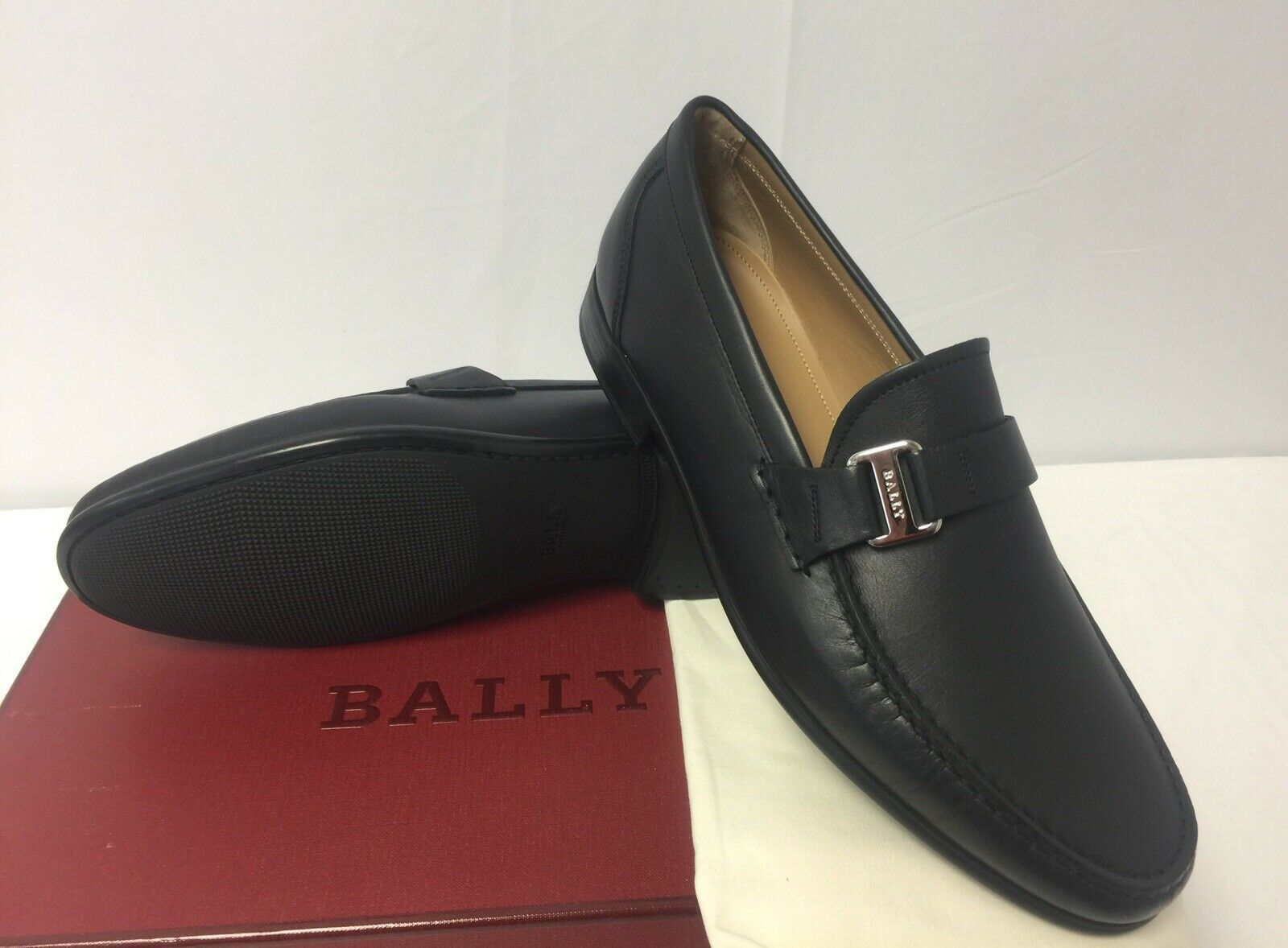 New In Box Bally 'Colbar' Navy Textured Leather Logo Loafers Sz. 8.5 9.5