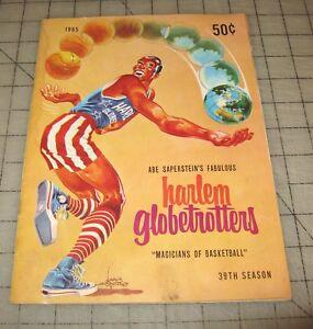 1965-HARLEM-GLOBETROTTERS-39th-Season-034-Magicians-of-Basketball-034-Program