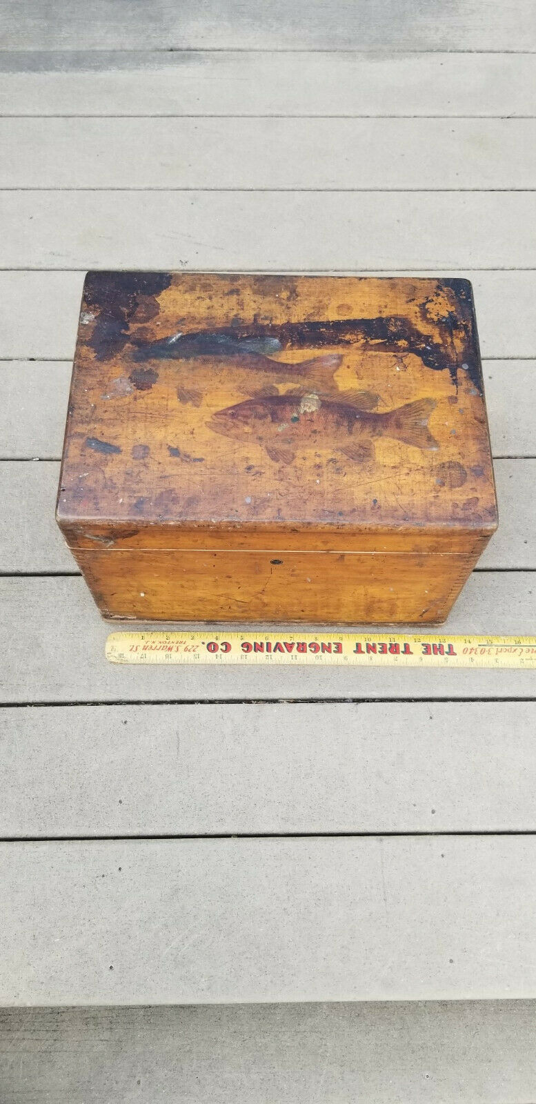 ONE OF A KIND VINTAGE DOVETAILED  LURE BOX  AWESOME LARGEMOUTH BASS ARTWORK  factory direct and quick delivery