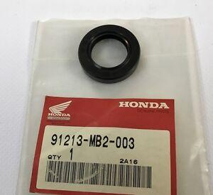 Paraolio-22x35x7-Oil-Seal-22x35x7-Honda-VF750F-NOS-91213-MB2-003