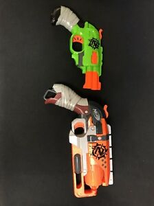 Lot Of 2 Guns Nerf Zombie Strike Doublestrike And Hammershot Blasters tested