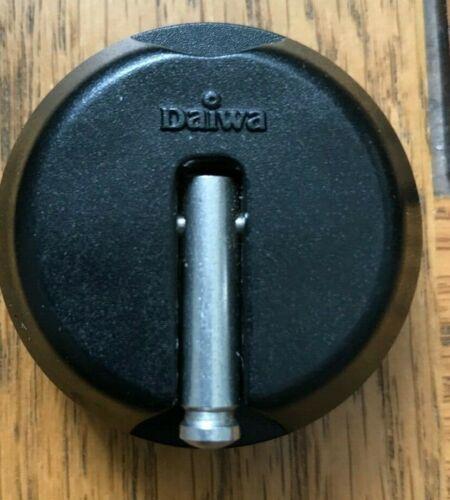 1 x Genuine  Daiwa Tournament Baitrunner Conversion Cap
