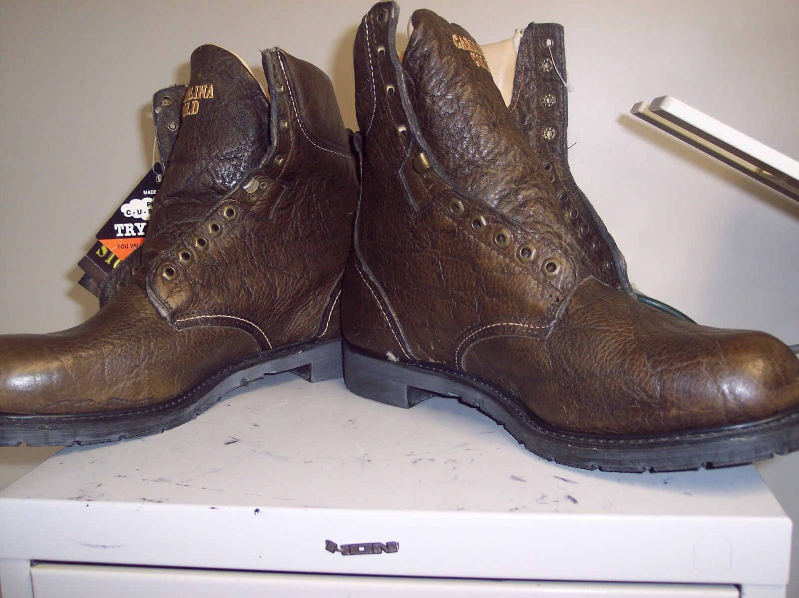 CAROLINA gold STYLE 6076 SIZE 13EE GREAT PAIR OF BOOTS GET YOUR NOW ON SALE NOW
