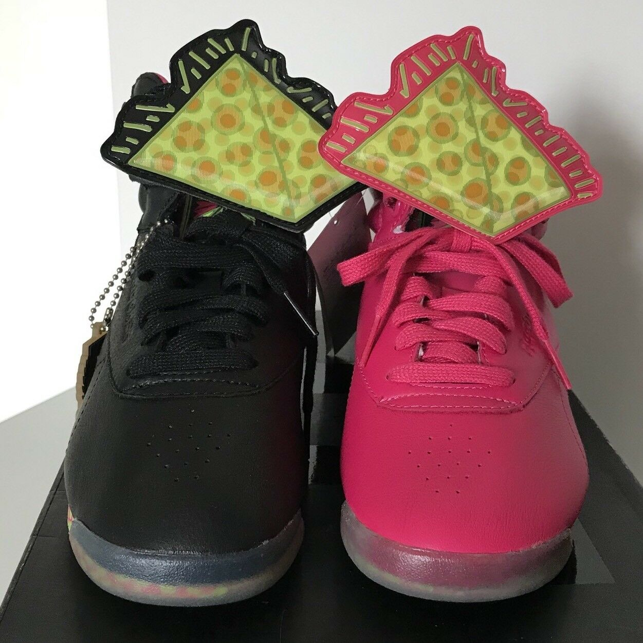 lowest price 227d3 610b0 ... REEBOK limited edition KEITH HARING rosa 37,5 PINK us us us 7 uk 4.5 ...