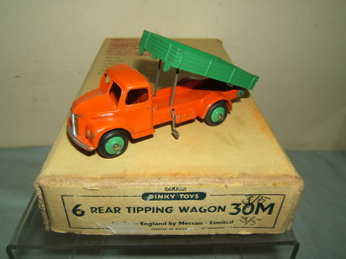 DINKY TOYS MODEL No.30m    REAR TIPPING WAGON    IN TRADE BOX