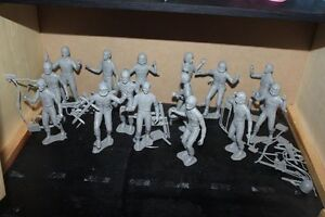 15 Pieces Mpc Spationaute Ou Astronaute Figurines Avec Accessoires