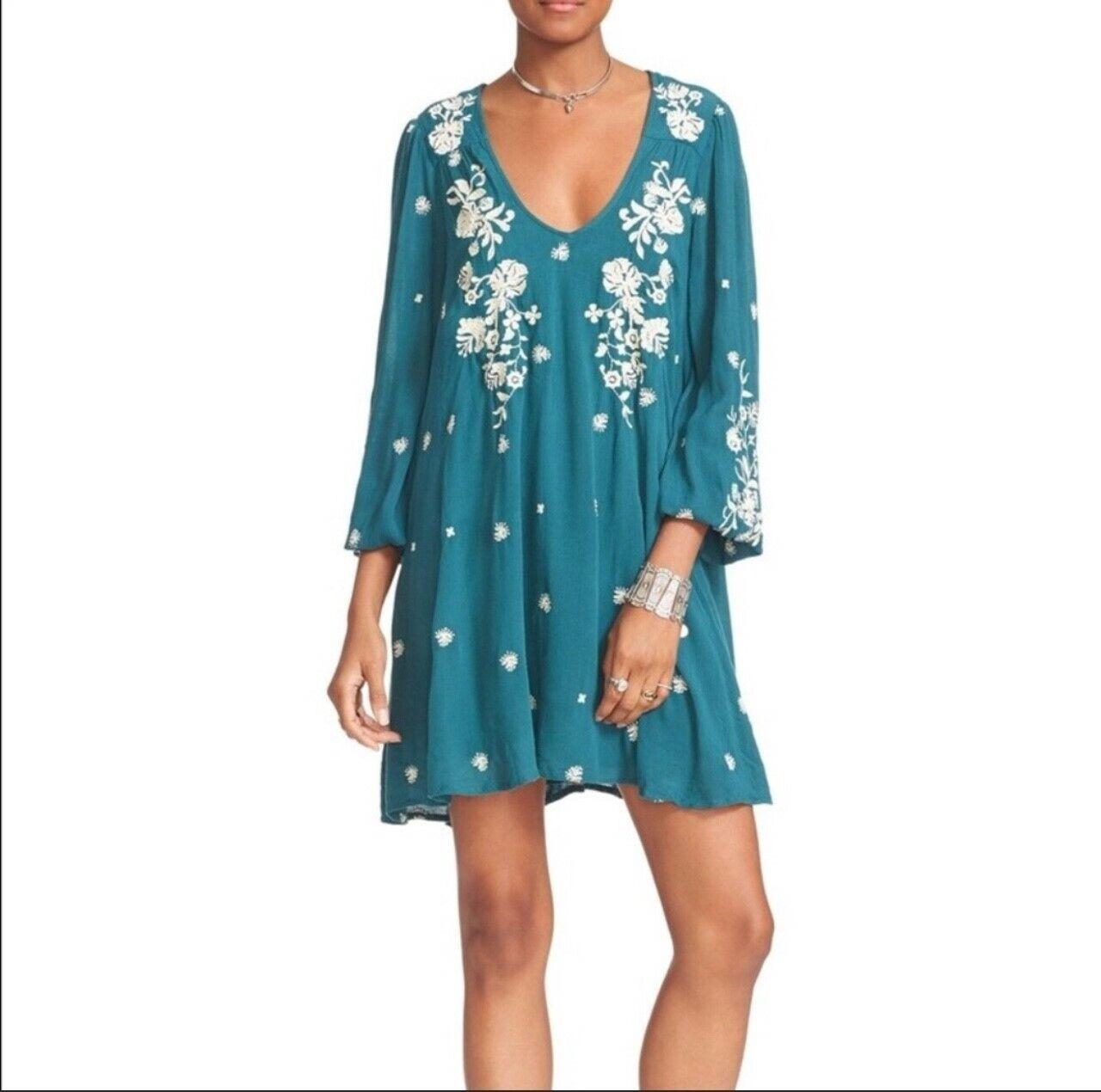 NWT Free People Blau Combo Sweet Tennessee Embroiderot Mini Dress Sz Large