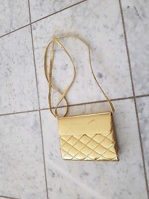 Clever Elegante Damen Handtasche Farbe: Gold Größe: 16cm X 13cm (bxh) Riemen: Ca. 61cm