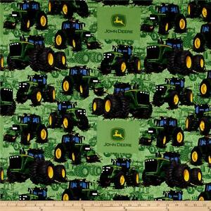 John-Deere-Tractor-Flip-Green-premium-100-Cotton-Fabric-Remnant-27-034