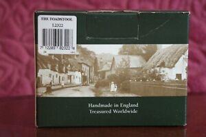 LIlliput-Lane-Cottage-THE-TOADSTOOL-L2322-1999-Original-Box-amp-Deeds