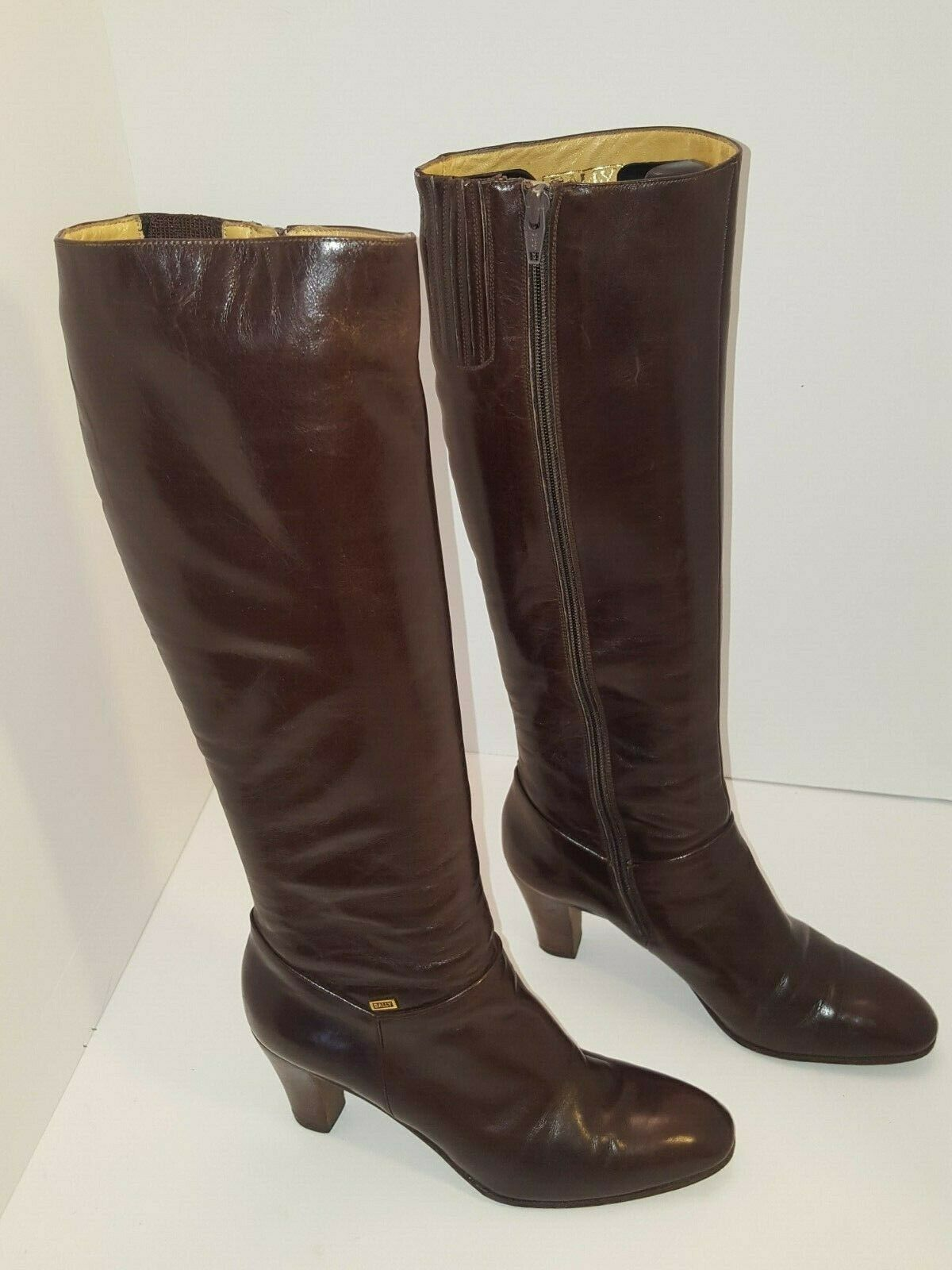 Bally Knee High Size 7 Brown Leather Side Zipper  Made in