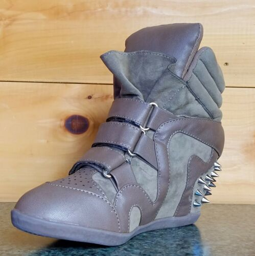 Privileged Just Studded Spike Wedge Sneaker Taupe Fashion 5.5-10  Comfort