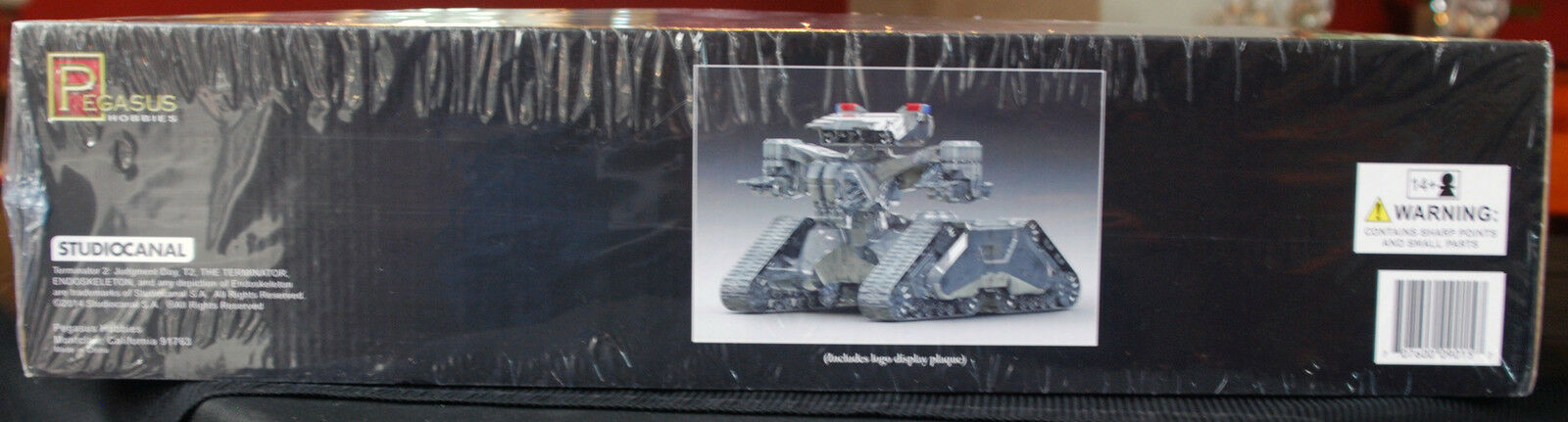 Terminator 2 Judgement Judgement Judgement Day Hunter Killer Tank, 1 32, Pegasus 9015 357ec2