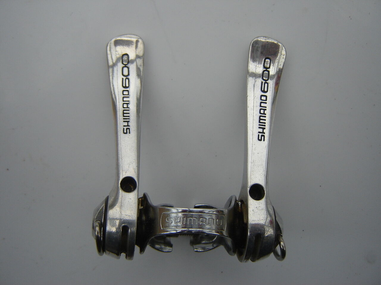 SHIMANO 600 EX SL6207  CLAMP ON SHIFTING LEVERS  NOS