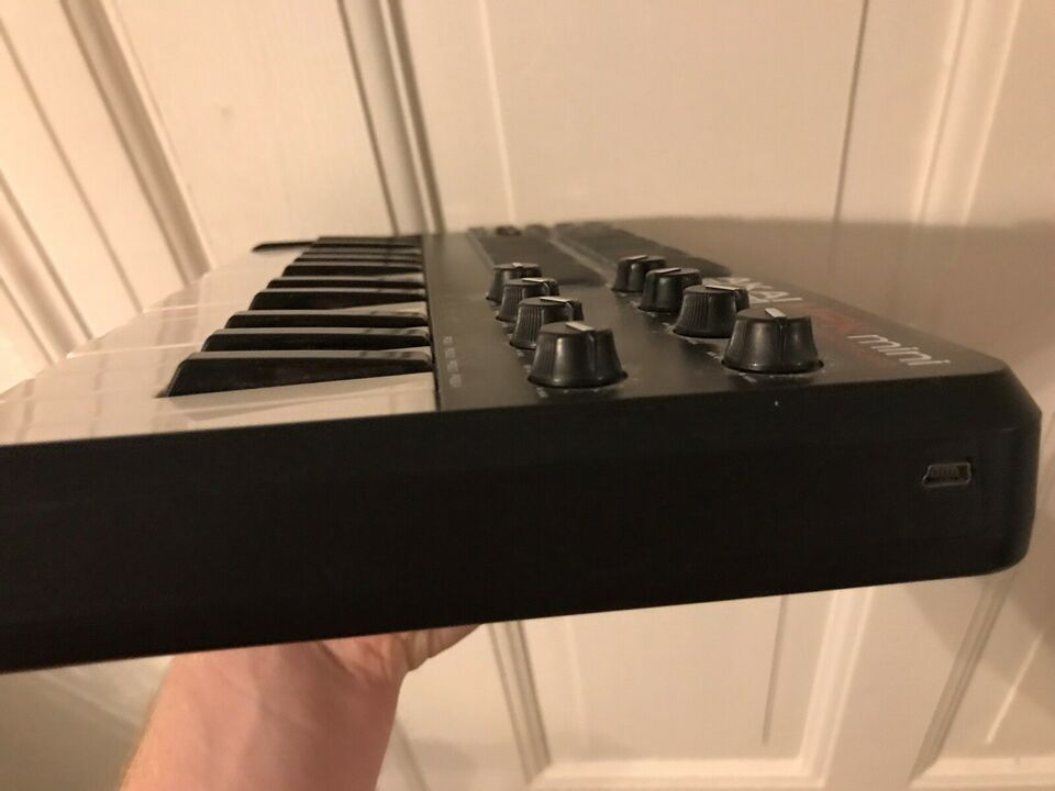 Midi keyboard, Akai MPK mini