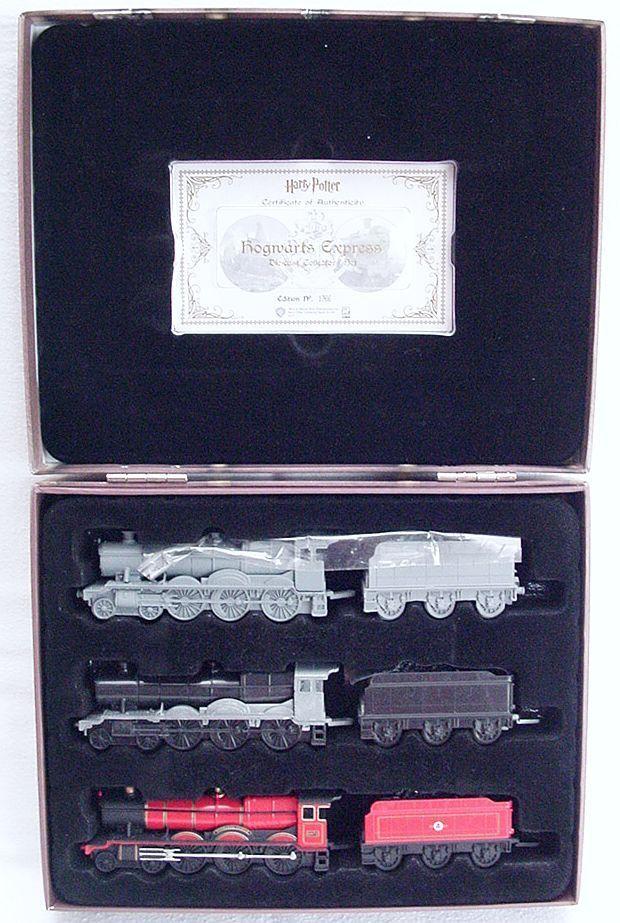 CORGI TOYS Harry Potter Poudlard Express  film Triple train à vapeur Set En parfait état, dans sa boîte RARE