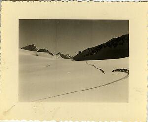 PHOTO-ANCIENNE-VINTAGE-SNAPSHOT-MILITAIRE-CHASSEUR-ALPIN-MONTAGNE-SKI-7