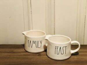 Rae-Dunn-Artisan-Collection-By-Magenta-FAMILY-FEAST-Gravy-Boat-Set-of-2