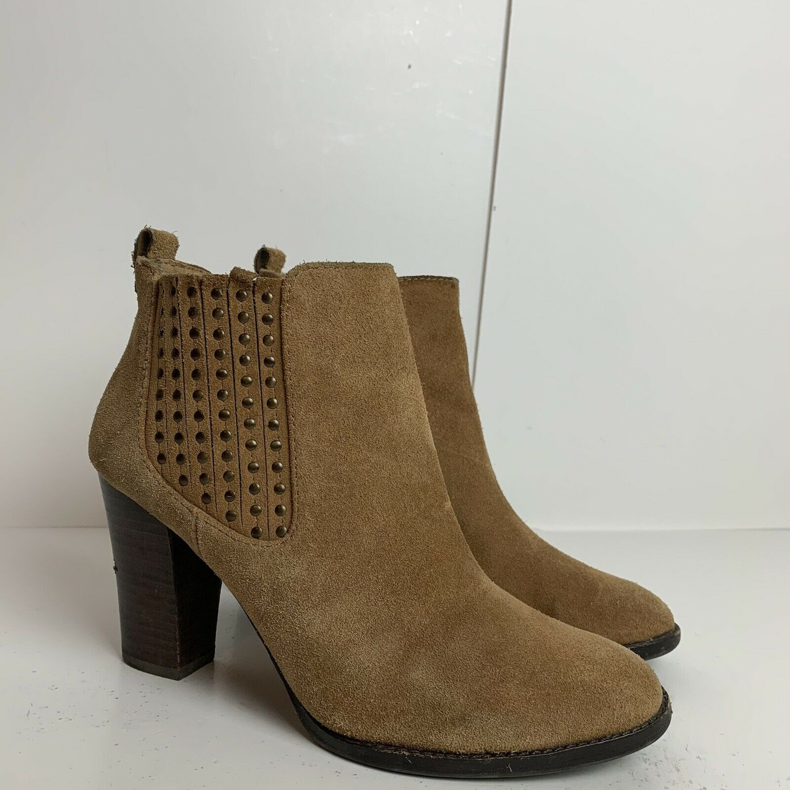 Antonio Melani Ankle Boots Heeled Brown Leather Studded Design Size 7 D5