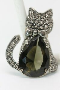 Vintage-Cat-Marcasite-Style-Pin-with-Large-Smokey-Green-Stone
