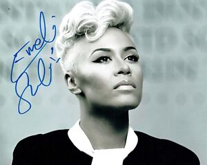Emeli SANDE SIGNED Autograph 10x8 Photo B AFTAL COA Scottish Singer Songwriter