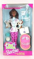 Mattel Pet Doctor Barbie AA Doll w Accessories (1996) - 074299153020 Toys