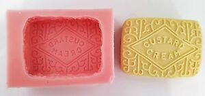 9cm-CUSTARD-CREAM-BISCUIT-SILICONE-MOULD-FOR-CAKE-TOPPERS-CHOCOLATE-CLAY-ETC