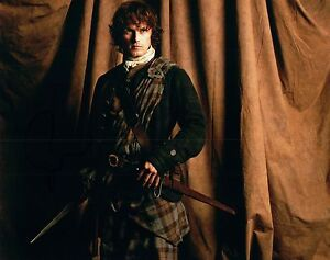 Sam-Heughan-Signed-Autographed-8x10-Photo-Outlander-COA-VD