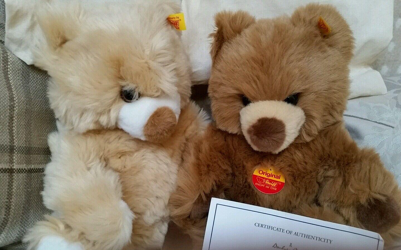 Steiff Danbury Nuovo di zecca BERNIE e Bertha Beanie Bears