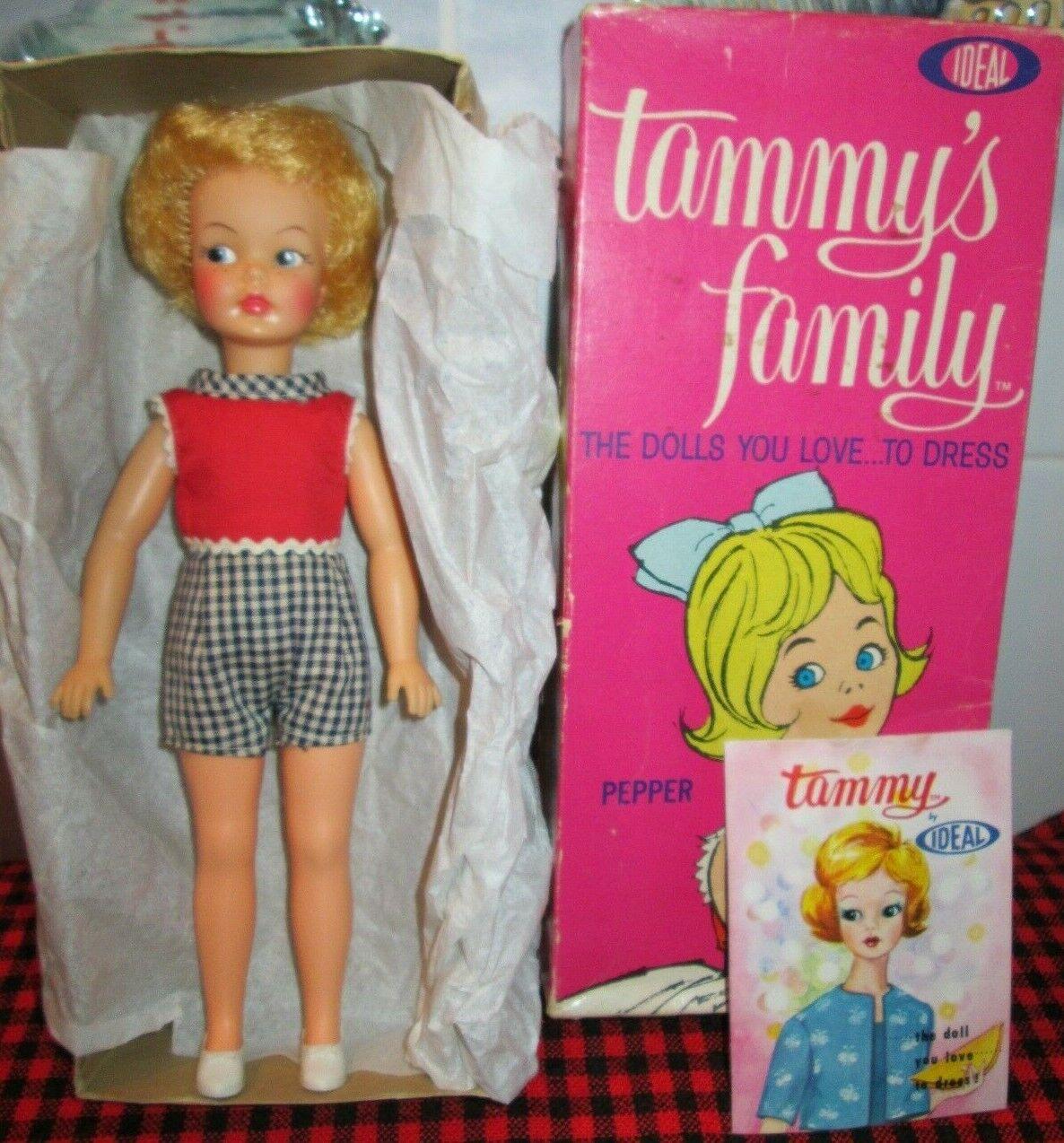 Nuevo En Caja  1963 Tammy familia ideal.    Muñeca de pimienta  hermosa rubia  Pijama  Como Nuevo