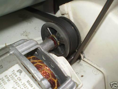 Comment le ceinture s/'adapte à A ZANUSSI TUMBLE DRYER nouvelle ceinture /& roue 1975h 7 1258288107
