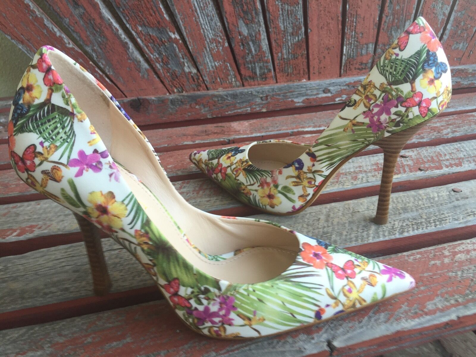 BuTTerFLieS FloRaL NEW 7 GUESS Pointy Toe CARRIE Stilettos High Heels PUMP blanc