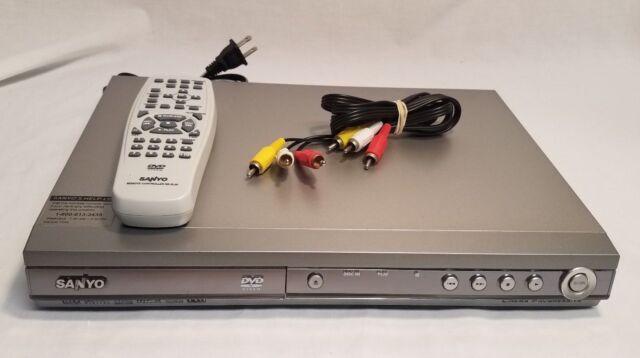 Sanyo Cinema Progressive Digital Video DVD/ Model DWM-400 with Remote & Cables!