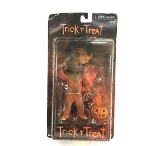 Neca-Reel-Toys-Cult-Classics-Trick-R-039-TREAT-Sam-Action-Figure-New-in-package