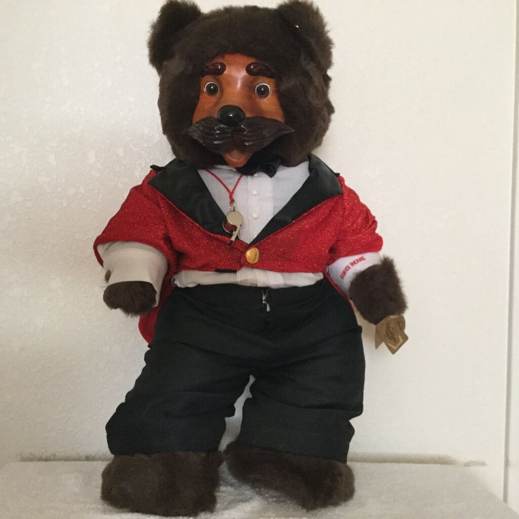 Robert Raikes  Ringmaster  Bear Original Box and COA   1818