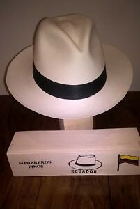 b590a1b37e7 Image is loading Genuine-Hand-Made-Rollable-Panama-Hat-from-Cuenca-