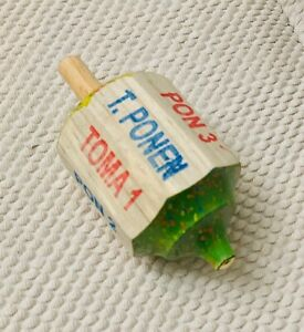 2-Pirinola-Toma-Todo-1-Wood-and-1-regular-plastic-Mexican-Traditional-Toy